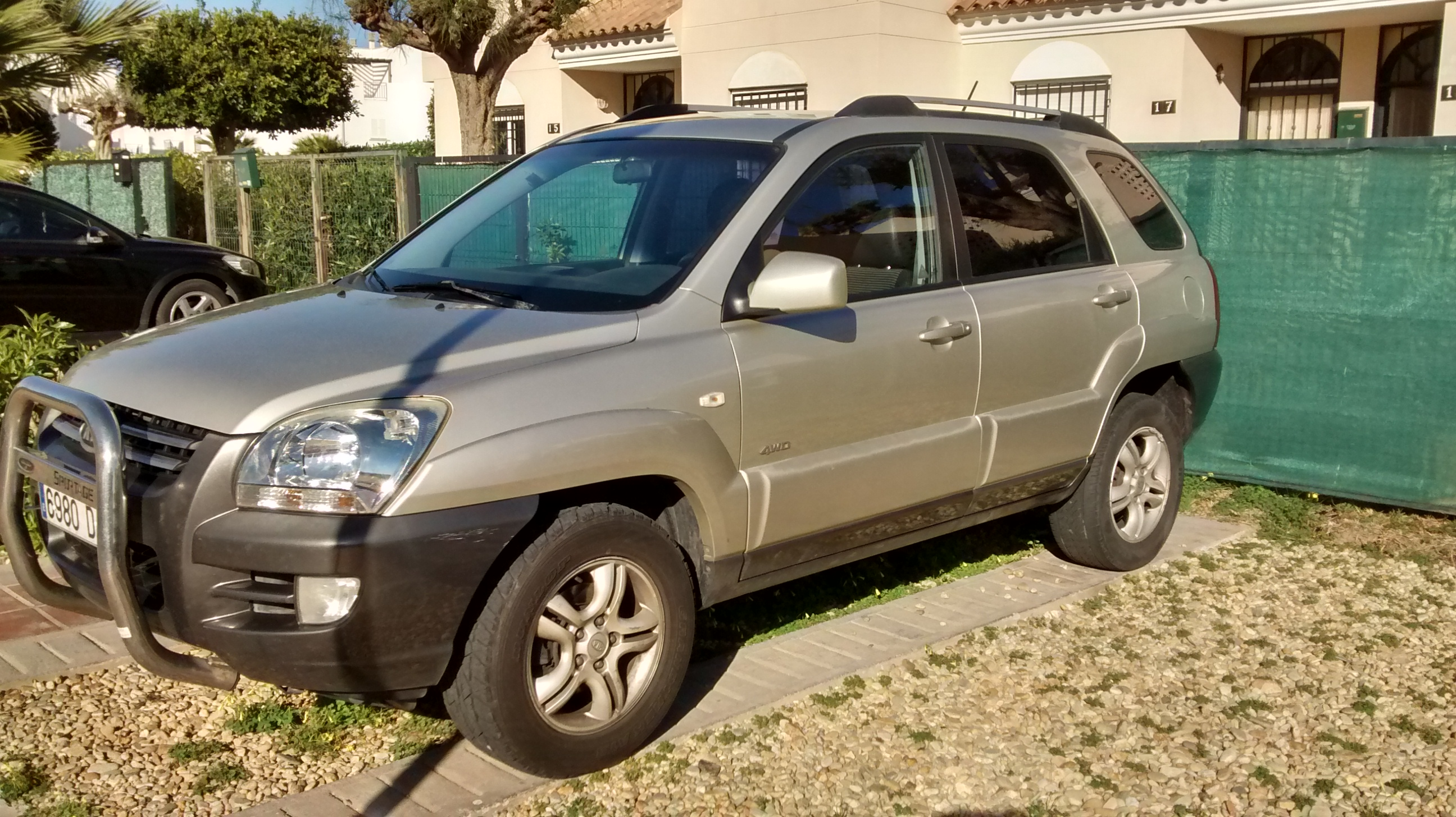 sold 4wd kia sportage buy and sell items in mojacar mojacar forum costa de almer a forum. Black Bedroom Furniture Sets. Home Design Ideas