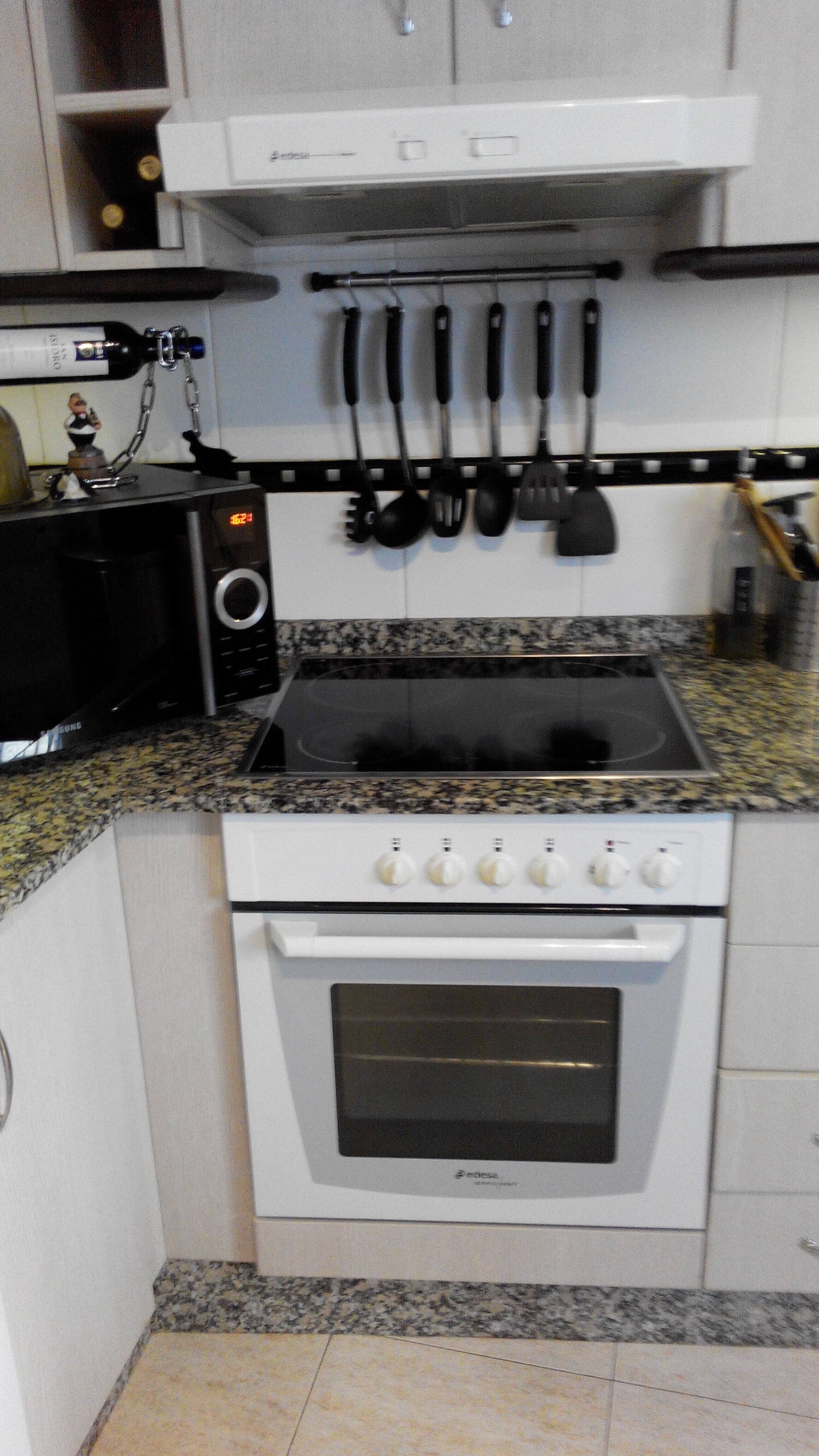 For sale: Edesa Oven, Hob & Extractor