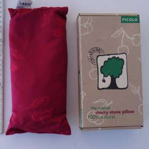 For sale: Cherry stone pillow, 100% natural - €12