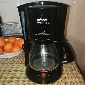 For sale: Cafetera eléctrica - €30
