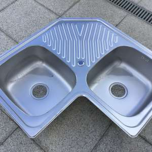 For sale: Double corner sink - stainless steel - €50