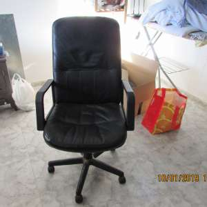 For sale: Black leather swivel chair and Panasonic 8kw microwave. - €50