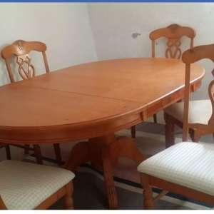 For sale: Dining table with 6 chairs, one a carver. - €150